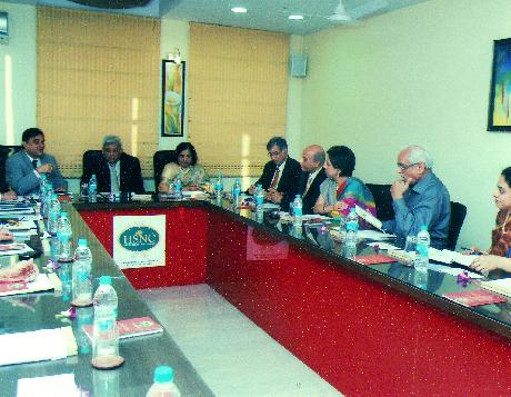 Advisory board meet
