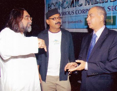 L to R - Mr. Pralhad Kakkar, Mr. Josy Paul, Mr. Ranjit Shahani
