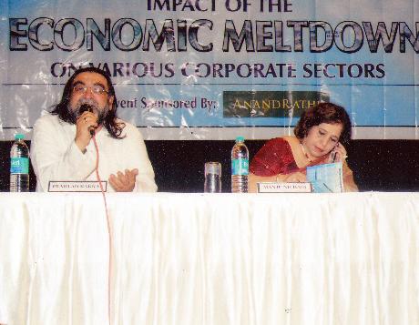 L To R - Ms. Manju Nichani, Mr. Niranajan Hiranandani, Mr. Gulu Mirchandani, Mr. Nanik Rupani, Mr. Udya Kotak