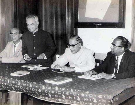 Prin K M Kundnani, Prin R V Oturkar, Mr D R Pradhan-ICS Chief Secretary, Govt of Maharashtra, Prin S V Mani